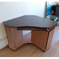 Компьютерный стол Ника-18
